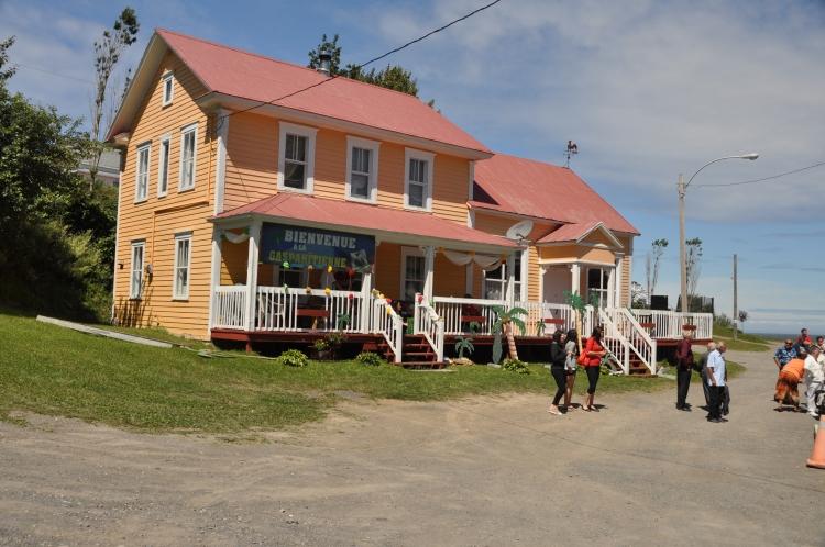 Maison et magasin général de Pierre Simony à Cloridorme. Source : Municipalité de Cloridorme.